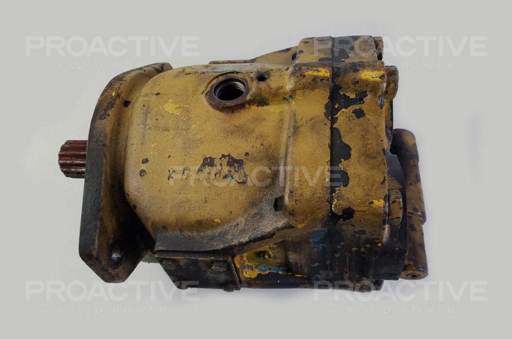 Vickers M-PVB45 hydraulic piston pump before teardown.