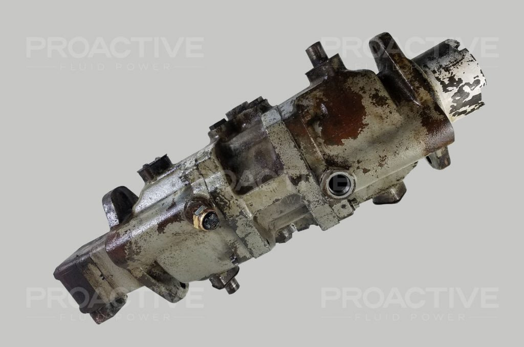 Vickers TA1515V10 transmission before repair service.